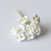 Papierové kvety - mini sweethearts 10ks biele