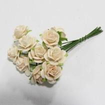 Papierové kvety - open roses pale peach (10ks, 1,5cm)