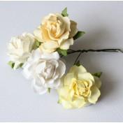 Papierové kvety - cottage 3cm bielo-kremové 4ks